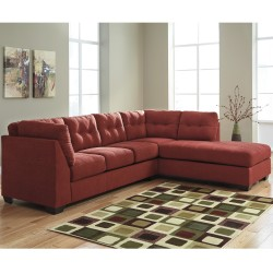 Benchcraft Cozy Sectional with Right Side Facing Chaise in Sienna Microfiber